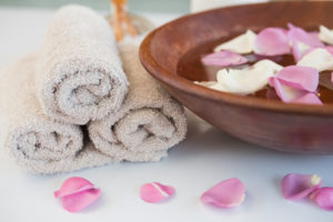 towels and petals