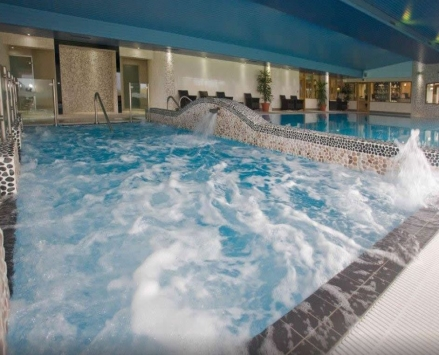 London Beach Country Hotel and Spa